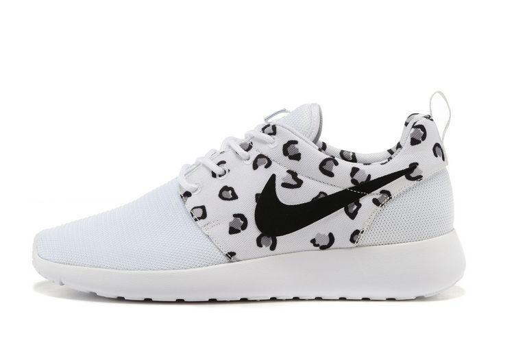 hot sales 839af 4c690 Nike Roshe Run Femme Fleur Mode JAR755