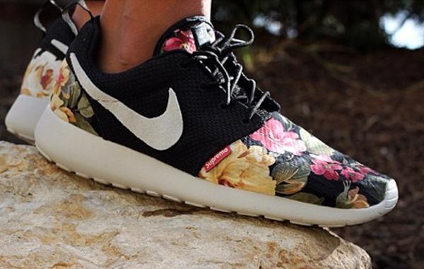 Chaussures Nike Roshe Run Femme Fleur Pas Cher JAR763