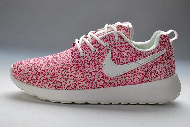 chaussure nike femme roshe run